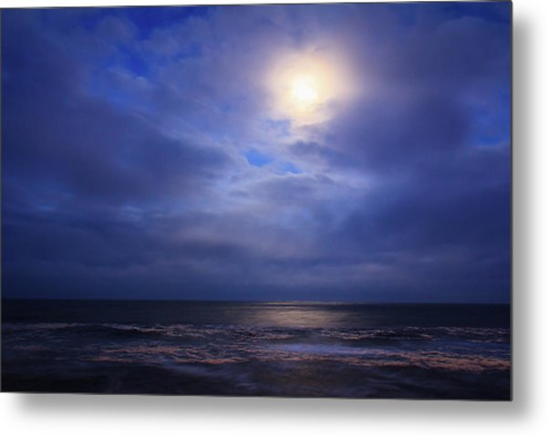 Moonlight On The Ocean At Hatteras Metal Print
