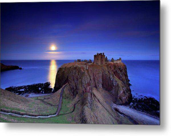 Moonrise Dunnottar Castle Aberdeenshire Scotland Metal Print