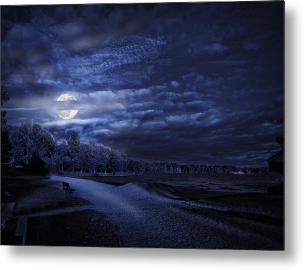 Moonrise Over Pymatuning Lake Metal Print