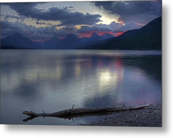 Metal Print featuring the photograph Morning Magic by Darlene Bushue