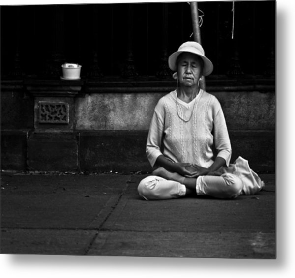 Morning Meditation At Toronto City Hall Metal Print