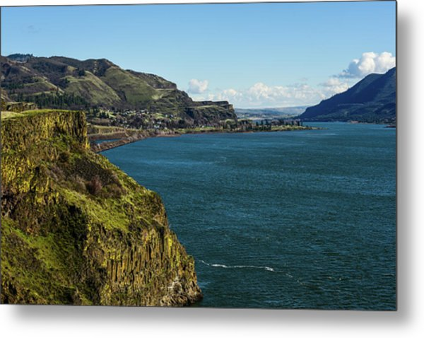 Mossy Cliffs On The Columbia Metal Print