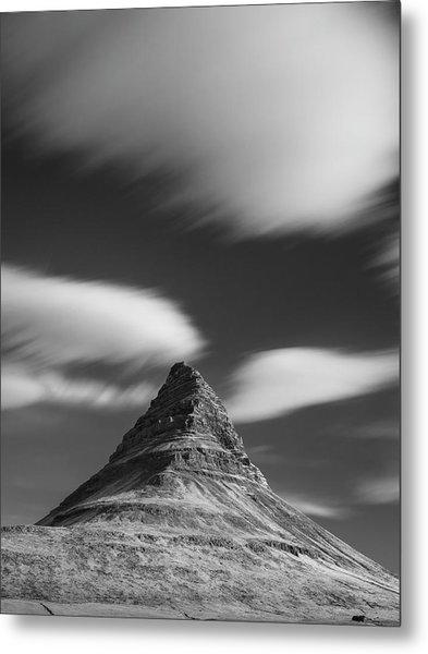 Mount Kirkjufell In Iceland Under The Sky Metal Print
