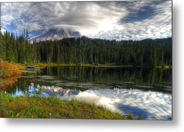 Mount Rainier Metal Print