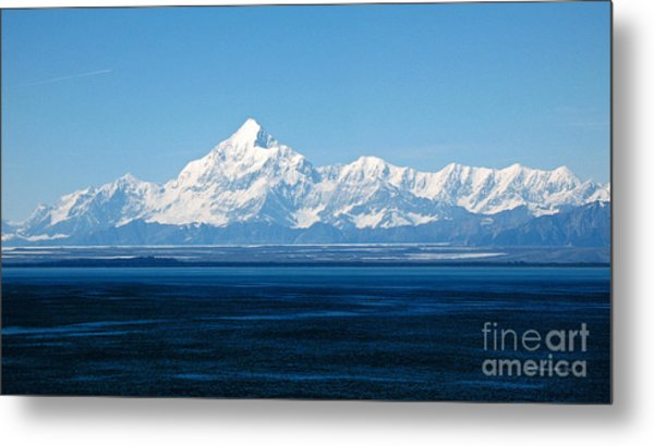 Mount Saint Elias. Yakutat Bay Seascapes Metal Print