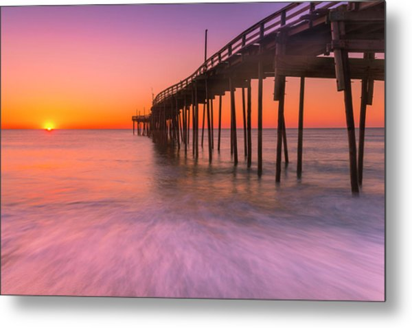 Nags Head Avon Fishing Pier At Sunrise Metal Print