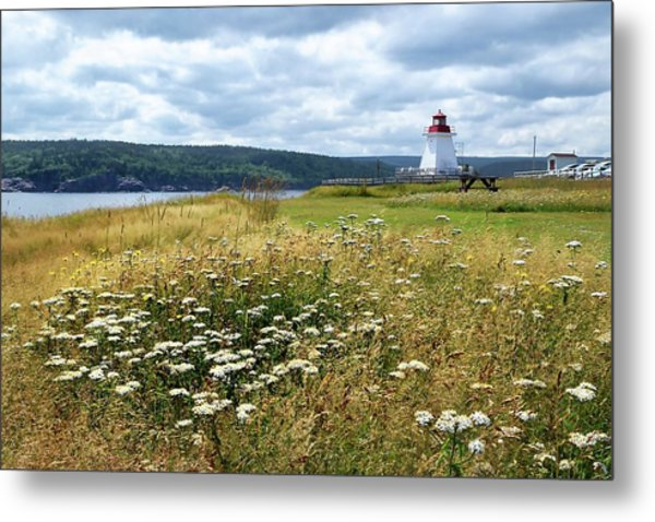 Neil's Harbor Lighthouse Metal Print