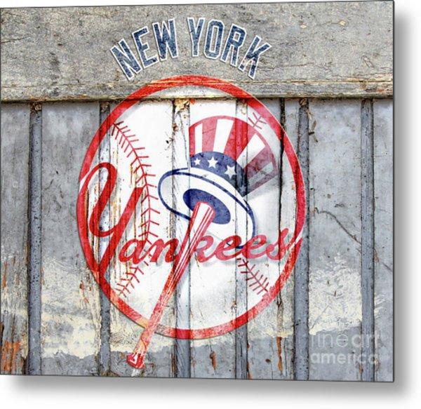New York Yankees Top Hat Rustic Metal Print