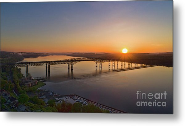 Newburgh-beacon Bridge May Sunrise Metal Print