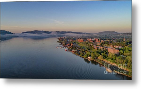 Newburgh Waterfront At Sunrise Metal Print