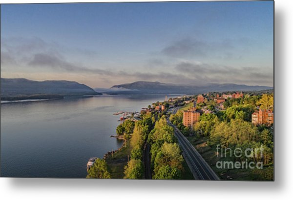 Newburgh Waterfront Looking South Metal Print