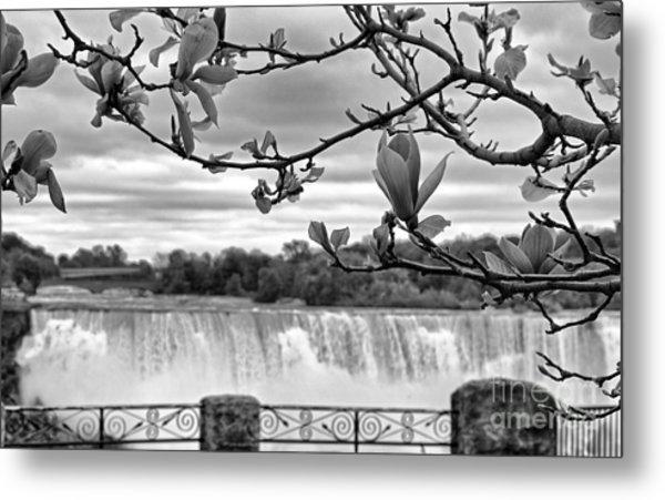 Niagara American Falls Spring Metal Print