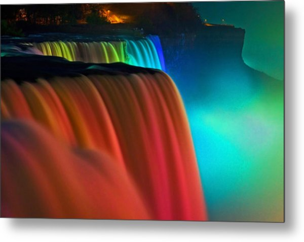 Niagara Falls At Night Metal Print