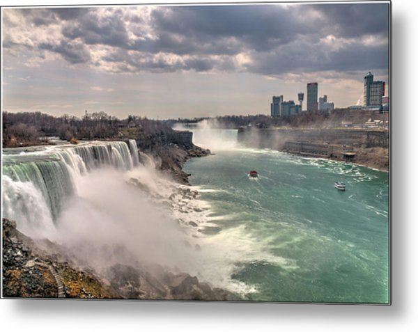 Niagra Waterfalls Metal Print