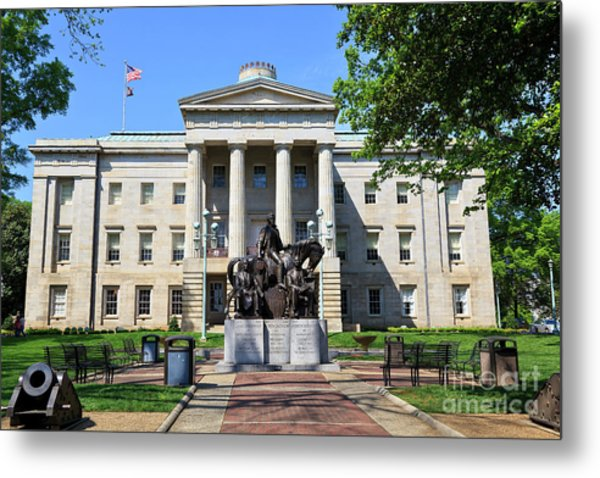 North Carolina State Capitol Building With Statue Metal Print