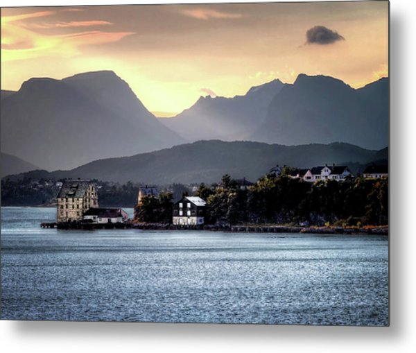 Norwegian Sunrise Metal Print