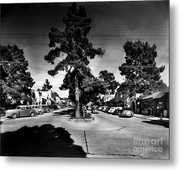 Ocean Avenue At Lincoln St - Carmel-by-the-sea, Ca Cirrca 1941 Metal Print