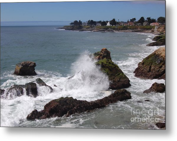 Ocean Spray West Cliff Metal Print