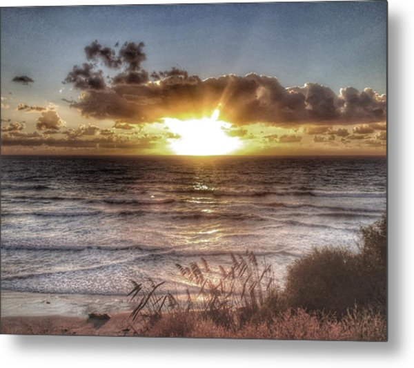 Oh But The Sea  Metal Print