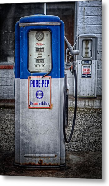 Old And Rusty  Pump  Metal Print