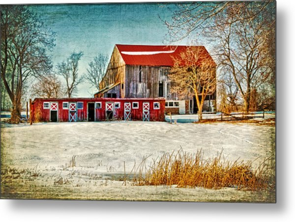 Old Barn On Forrest Road Metal Print