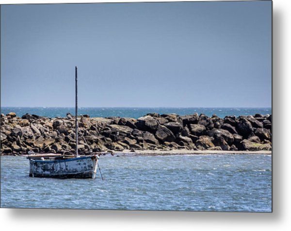 Old Boat - Half Moon Bay Metal Print
