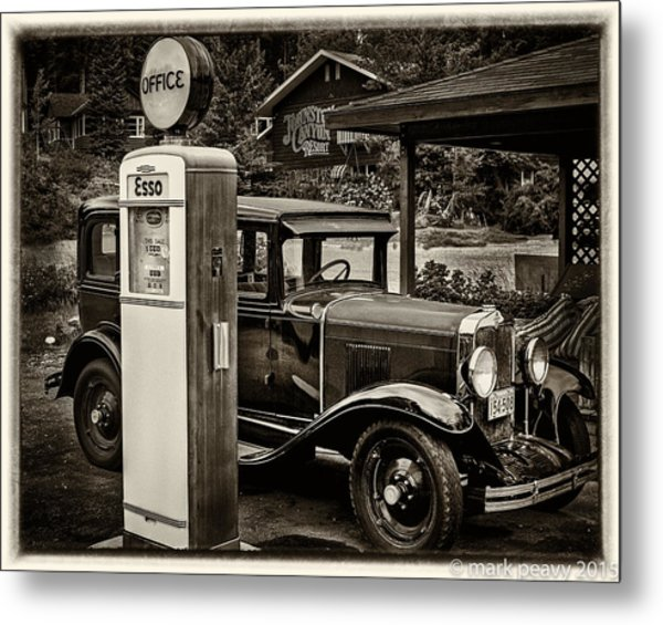 Old Car @ Gas Station Metal Print
