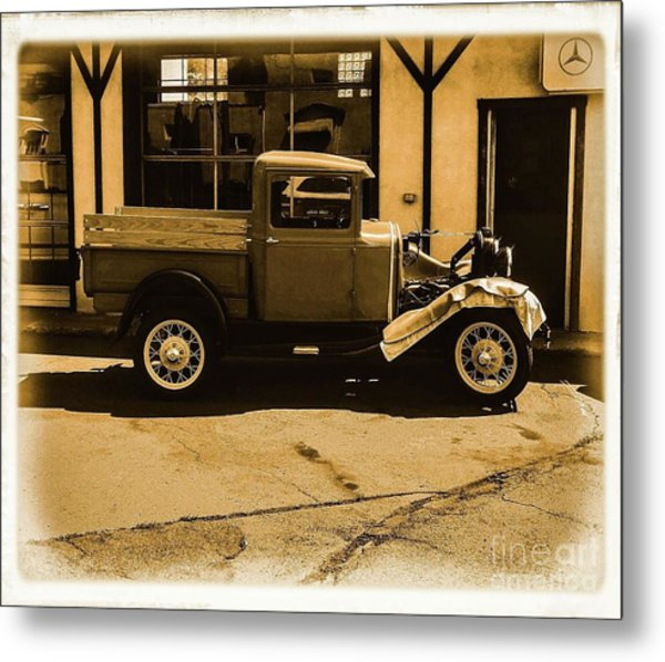 Old Classic Shop Metal Print