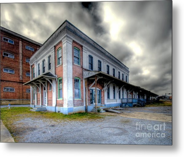 Old Clinchfield Train Station Metal Print