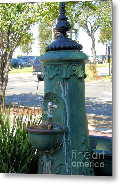 Old Drinking Fountain Metal Print by Barbara Oberholtzer