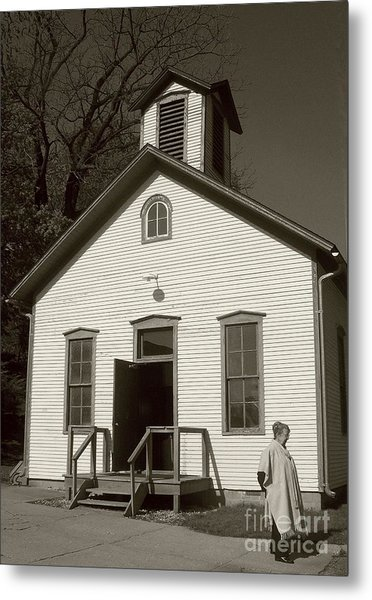 Old-fashioned School House Metal Print by Emily Kelley