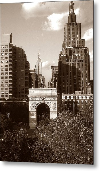 Washington Arch And New York University Metal Print