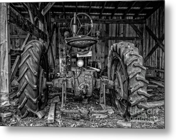 Old Tractor In The Barn Black And White Metal Print