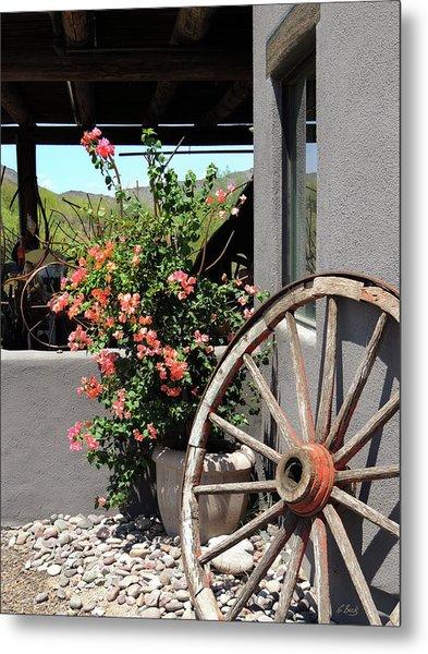 Old Wagon Wheel Metal Print by Gordon Beck