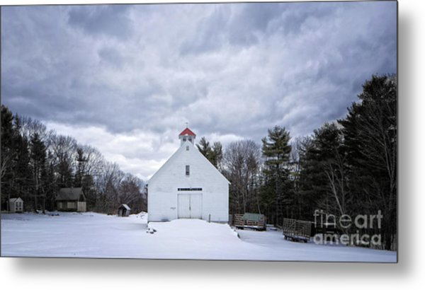 Metal Print featuring the photograph Old White Barn In Winter by Edward Fielding
