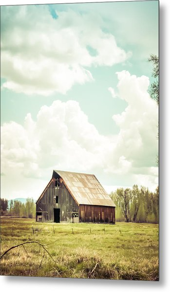 Olsen Barn In Green Metal Print