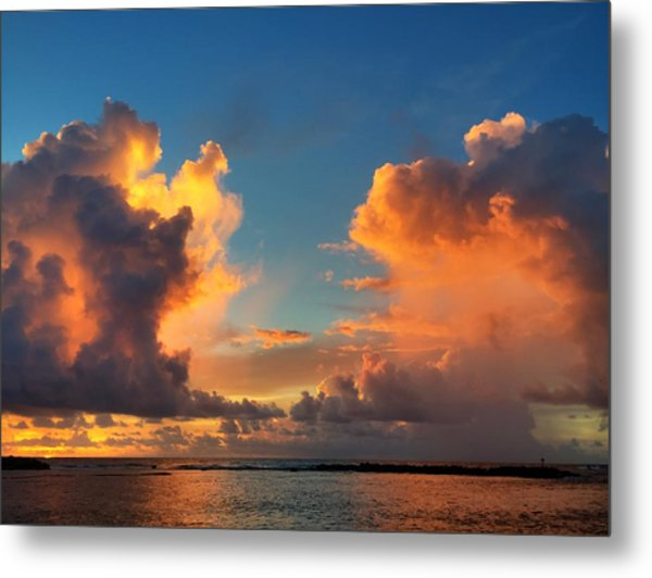 Orange To The Left And To The Right Metal Print