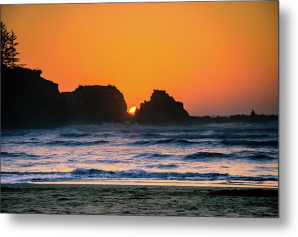 Metal Print featuring the photograph Oregon Sunset by Bryan Carter