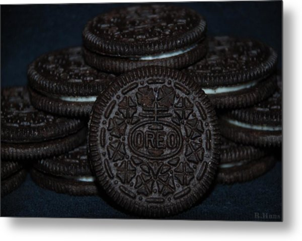 Metal Print featuring the photograph Oreo Cookies by Rob Hans