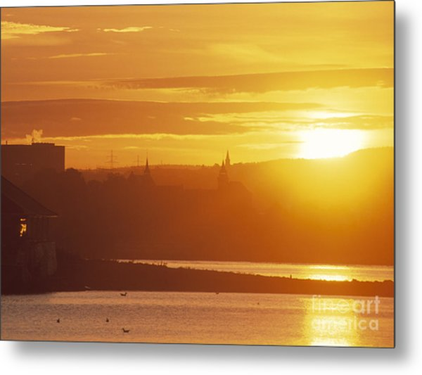 Oslo Sunrise Metal Print by Kim Lessel