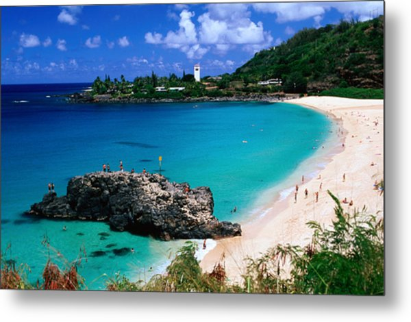 Overview Of Waimea Bay On The North Shore, Waimea, United States Of America Metal Print by Ann Cecil