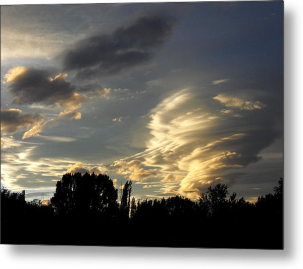 Owens Valley Sunset 2 Metal Print by Lea Belgarde