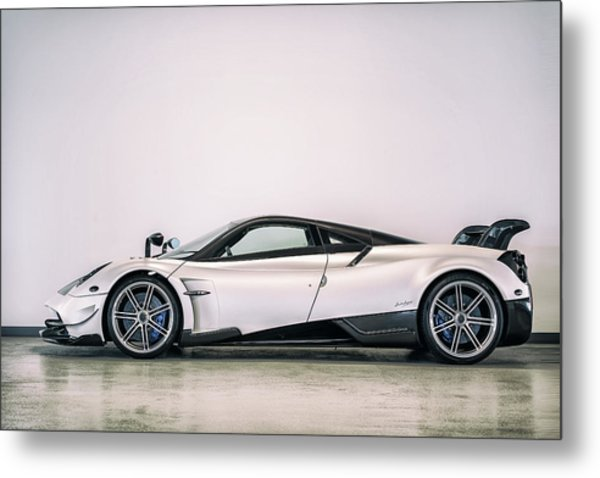 Metal Print featuring the photograph #pagani #huayra Bc by ItzKirb Photography