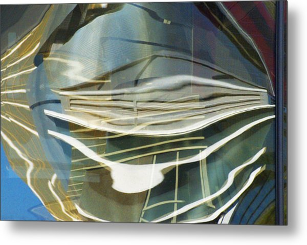 Palazo Hotel Reflection Metal Print by Richard Henne