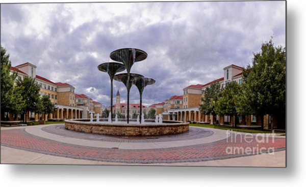 Panorama Of Texas Christian University Campus Commons And Frog Fountain - Fort Worth Texas Metal Print
