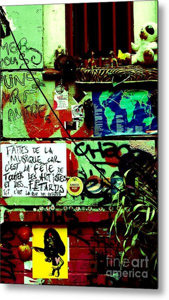 Paris Graffiti Metal Print by Louise Fahy