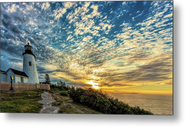 Pemaquid Point Lighthouse At Daybreak Metal Print