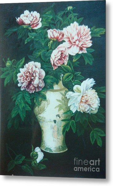 Peonies In Vase Metal Print by Tierong Fu