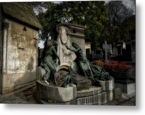 Pere Lachaise Tomb Metal Print