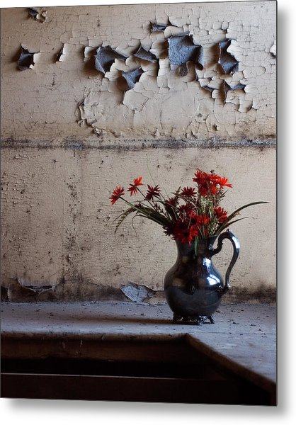 Petals And Peeling Paint - Preston Castle Metal Print